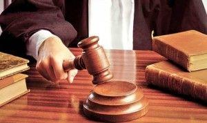 Юристам и судьям поднимут зарплаты втрое.